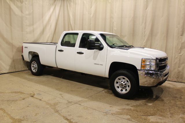 2013 Chevrolet Silverado 3500HD 4x4 Long Bed Work Truck in Roscoe, IL 61073