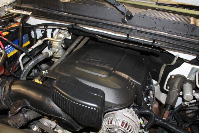 2013 Chevrolet Silverado 3500HD 4x4 Long Bed Work Truck in Roscoe, IL 61073