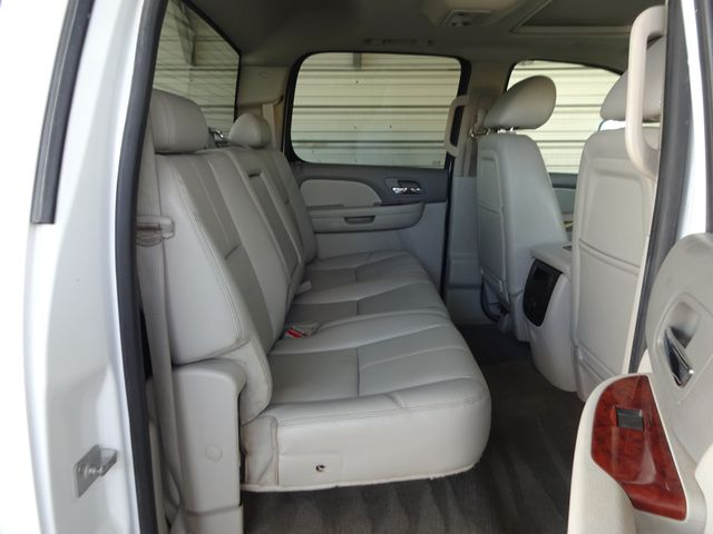 2013 Chevrolet Silverado 3500HD LTZ Corpus Christi, Texas 30