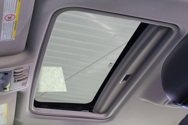 2013 Chevrolet Silverado 3500HD LTZ Crew Cab Long Bed SRW 4x4 Z71 - NAV - SUNROOF! Mooresville , NC 14