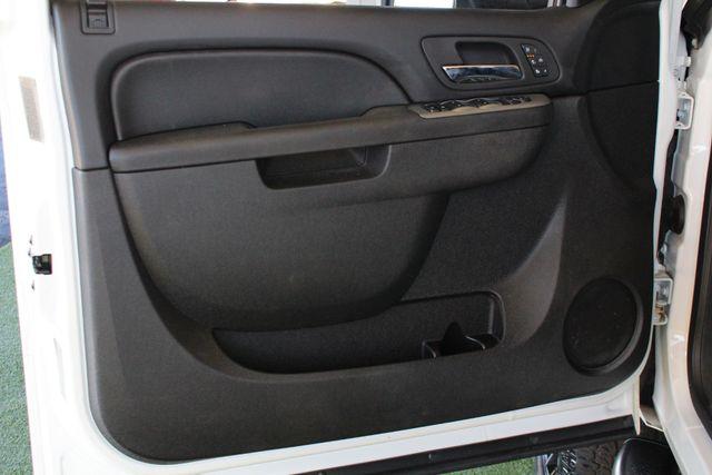2013 Chevrolet Silverado 3500HD LTZ Crew Cab Long Bed SRW 4x4 Z71 - NAV - SUNROOF! Mooresville , NC 26