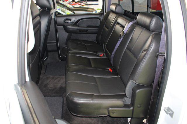 2013 Chevrolet Silverado 3500HD LTZ Crew Cab Long Bed SRW 4x4 Z71 - NAV - SUNROOF! Mooresville , NC 31