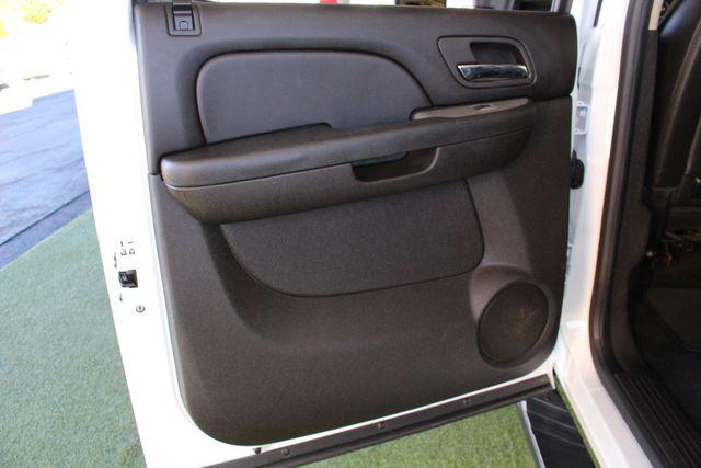 2013 Chevrolet Silverado 3500HD LTZ Crew Cab Long Bed SRW 4x4 Z71 - NAV - SUNROOF! Mooresville , NC 32
