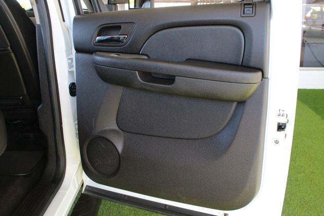 2013 Chevrolet Silverado 3500HD LTZ Crew Cab Long Bed SRW 4x4 Z71 - NAV - SUNROOF! Mooresville , NC 29