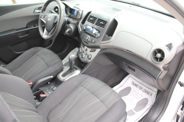 2013 Chevrolet Sonic LT Santa Clarita, CA 9