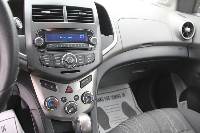 2013 Chevrolet Sonic LT Santa Clarita, CA 18