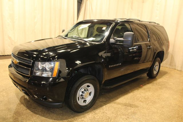 2013 Chevrolet Suburban 4x4 2500 in Roscoe, IL 61073