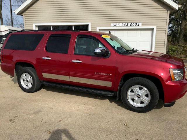2013 Chevrolet Suburban LT in Clinton IA, 52732