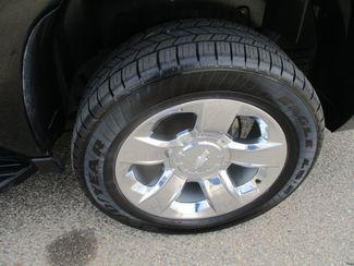 2013 Chevrolet Suburban LT Farmington, MN 8