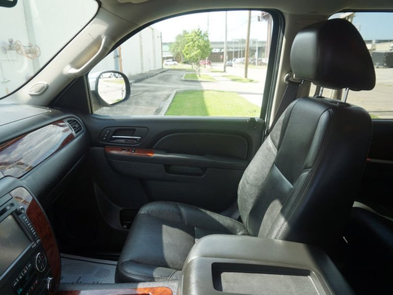 2013 Chevrolet Suburban LTZ  city LA  AutoSmart  in Harvey, LA