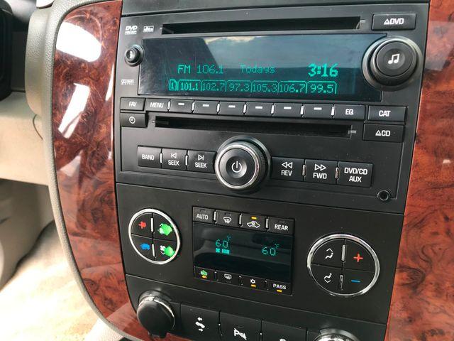 2013 Chevrolet Suburban LT w/Sunroof/Dual DVD/Rear Heated Seats in Plano, Texas 75074