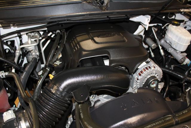 2013 Chevrolet Suburban 4x4 Commercial 2500 in Roscoe, IL 61073