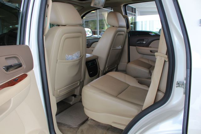 2013 Chevrolet Tahoe LTZ 4X4 - NAV - REAR DVD - SUNROOF - POWER STEPS! Mooresville , NC 45