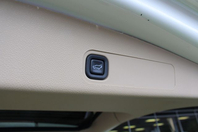 2013 Chevrolet Tahoe LTZ 4X4 - NAV - REAR DVD - SUNROOF - POWER STEPS! Mooresville , NC 47