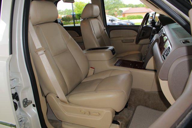 2013 Chevrolet Tahoe LTZ 4X4 - NAV - REAR DVD - SUNROOF - POWER STEPS! Mooresville , NC 15
