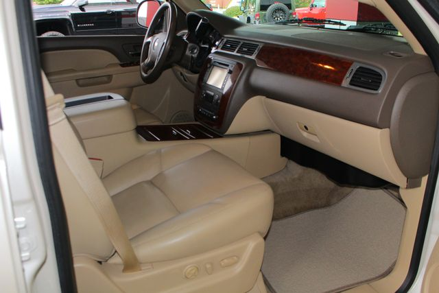 2013 Chevrolet Tahoe LTZ 4X4 - NAV - REAR DVD - SUNROOF - POWER STEPS! Mooresville , NC 34
