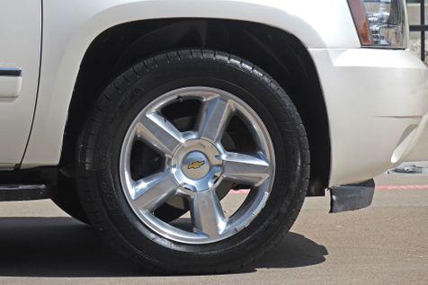 2013 Chevrolet Tahoe LTZ*Nav*BU Cam*3rd Row*DVD*Sunroof**   Plano, TX   Carrick's Autos in Plano, TX