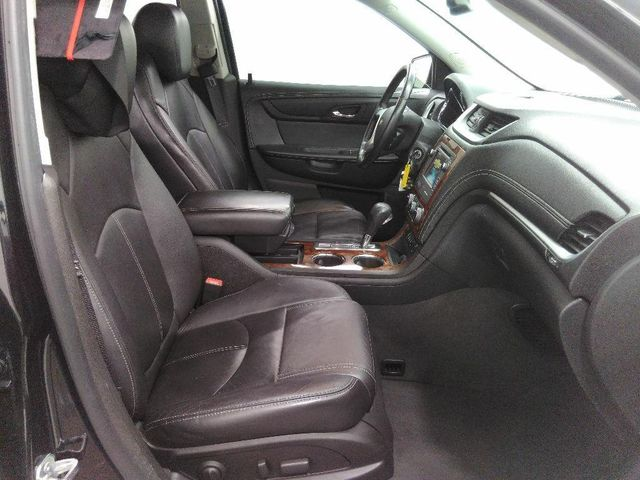 2013 Chevrolet Traverse LT in St. Louis, MO 63043