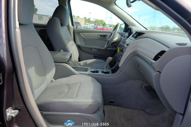 2013 Chevrolet Traverse LS in Memphis Tennessee, 38115