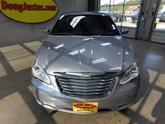 2013 Chrysler 200 Touring in Airport Motor Mile ( Metro Knoxville ), TN 37777