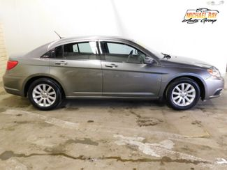 2013 Chrysler 200 Touring in Cleveland , OH 44111
