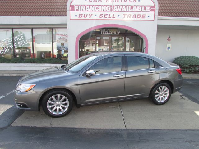 2013 Chrysler 200 Limited *SOLD