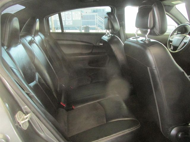 2013 Chrysler 200 Limited Gardena, California 12