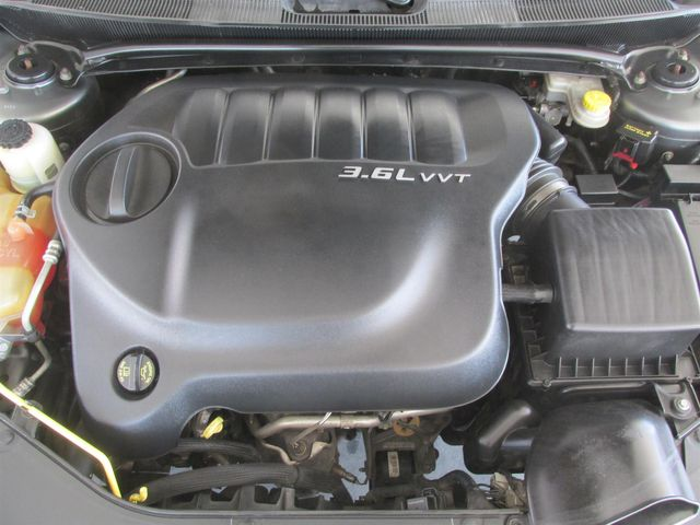 2013 Chrysler 200 Limited Gardena, California 15