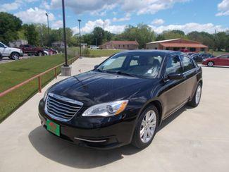 2013 Chrysler 200 LX   Gilmer, TX   Win Auto Center, LLC in Gilmer TX