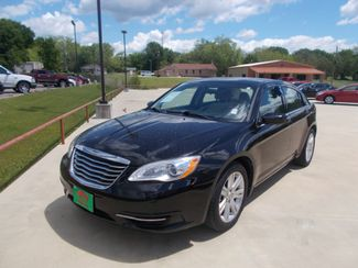 2013 Chrysler 200 LX | Gilmer, TX | Win Auto Center, LLC in Gilmer TX