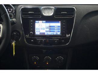 2013 Chrysler 200 Limited  city Texas  Vista Cars and Trucks  in Houston, Texas