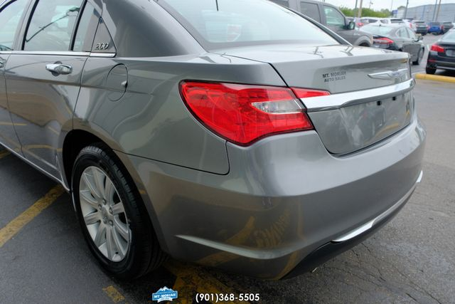 2013 Chrysler 200 Limited in Memphis, Tennessee 38115