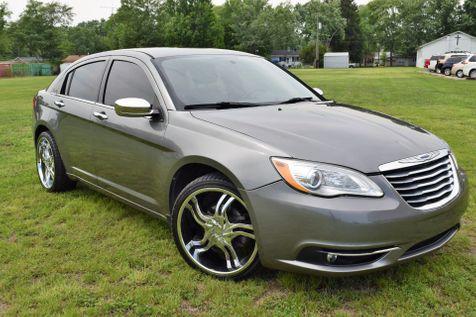2013 Chrysler 200 Limited in Mt. Carmel, IL