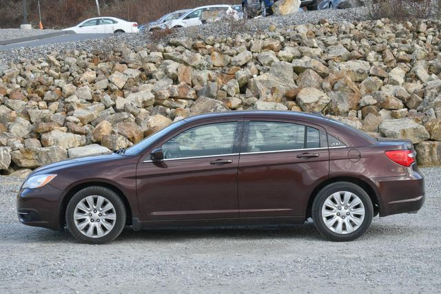 2013 Chrysler 200 LX Naugatuck, Connecticut 1