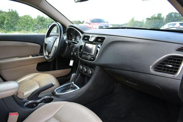 2013 Chrysler 200 Limited Naugatuck, Connecticut 10