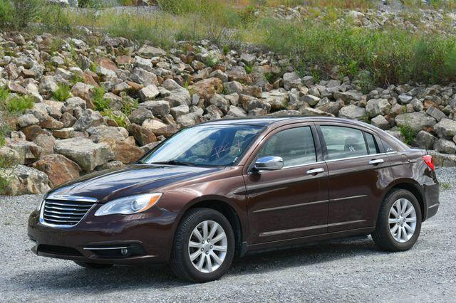 2013 Chrysler 200 Limited Naugatuck, Connecticut 2