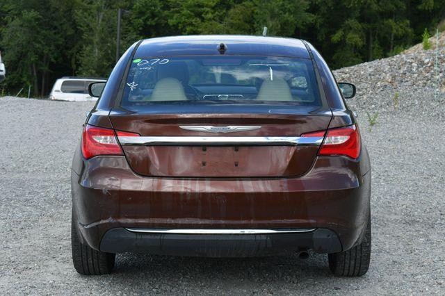 2013 Chrysler 200 Limited Naugatuck, Connecticut 5