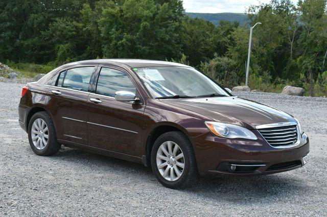 2013 Chrysler 200 Limited Naugatuck, Connecticut 8