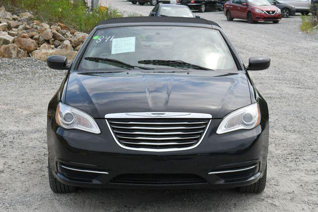 2013 Chrysler 200 Touring Naugatuck, Connecticut 13
