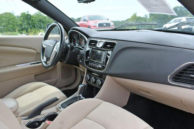 2013 Chrysler 200 Touring Naugatuck, Connecticut 14