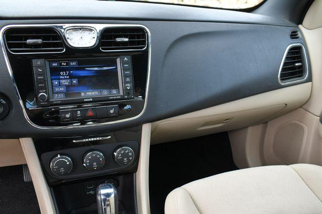 2013 Chrysler 200 Touring Naugatuck, Connecticut 19