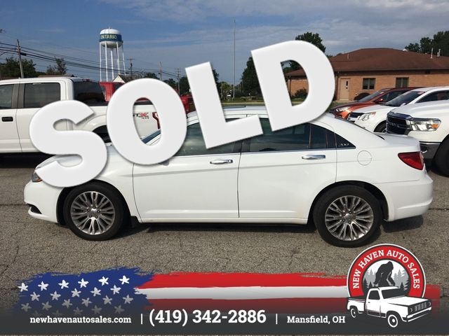 2013 Chrysler 200 Limited in Mansfield, OH 44903