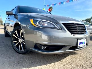 2013 Chrysler 200 Limited in Sanger, CA 93567