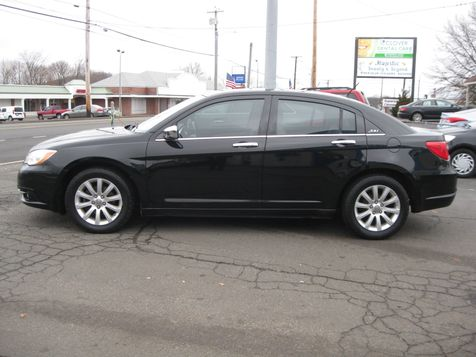 2013 Chrysler 200 Limited in , CT