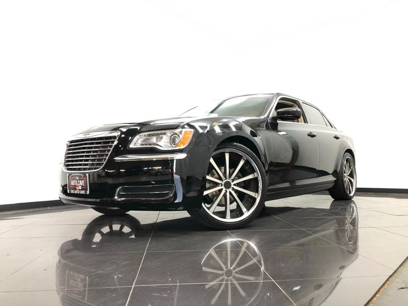 2013 Chrysler 300 *Get APPROVED In Minutes!* | The Auto Cave