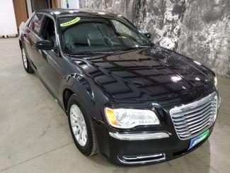 2013 Chrysler 300   Dickinson ND  AutoRama Auto Sales  in Dickinson, ND