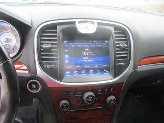 2013 Chrysler 300 Farmington, MN 4