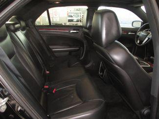 2013 Chrysler 300 Gardena, California 12
