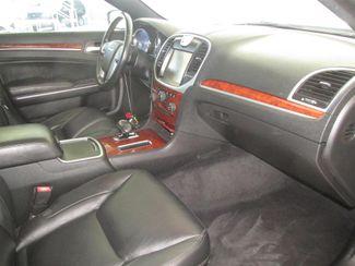 2013 Chrysler 300 Gardena, California 8