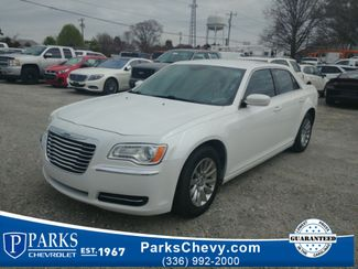 2013 Chrysler 300 Base in Kernersville, NC 27284